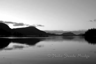 #281 Octopus Islands sunrise black&white DSC_1831